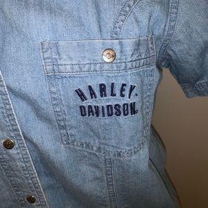 Harley Davidson Women's Denim Shirt Medium